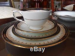 10 pc AYNSLEY LEIGHTON LUNCHEON SET FINE BONE CHINA MADE IN ENGLAND. PERFECT