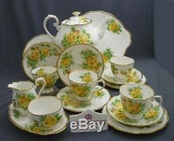 18 Piece Royal Albert England Bone China YELLOW TEA ROSE Tea Set Service for 4