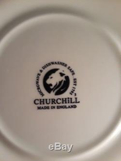 24 Piece Set Of Churchill England Blue Willow Porcelain China Service For 8