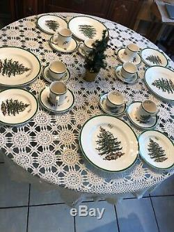 24 Piece Spode CHRISTMAS TREEPlace Setting For Four