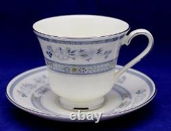 40pc Minton Penrose Dinner Set 8 place setting Bone China Made in England