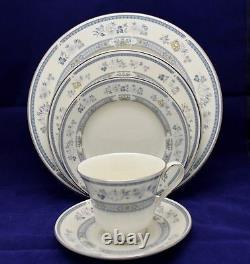 60pc Minton Penrose Dinner Set 12 place setting Bone China Made in England