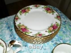 76 Piece Set Royal Albert Old Country Roses Bone China -Made in England