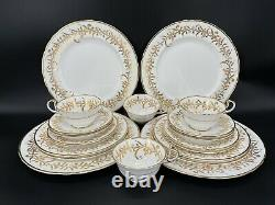 Aynsley 8069 Gold Leaf 5 Piece Place Setting x 4 Bone China England 20 Pieces