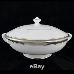 BARONESS Royal Worcester 5 Piece Place Setting NEW NEVER USED Bone China England