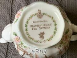 BRAMBLY HEDGE Royal Doulton Fine Bone China Miniature Tea Set 16 pieces MINT