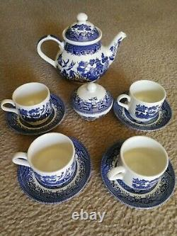 Churchill Blue Willow China England tea cup and sugar SET