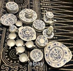 Classic White Blue Nordic J&G Meakin England Full Set Of China 84 Pieces Plus