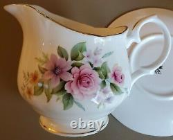 Duchess China Pattern Estelle Tea Set (32 pieces) great condition