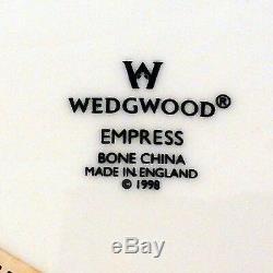 EMPRESS Wedgwood 5 Piece Place Setting NEW NEVER USED made England BONE CHINA