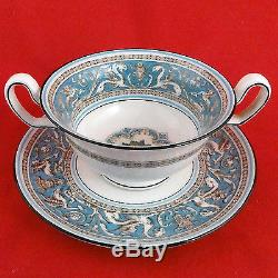 FLORENTINE TURQUOISE by Wedgwood 5 Piece Place Setting Leigh Cup made England