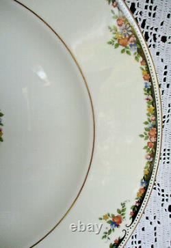Four Exquisite Wedgwood Osborne Five Piece Place Settings Bone China England