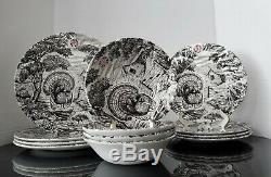 Queens China England Thanksgiving Turkey 12 PC Dinnerware Set Serving For 4