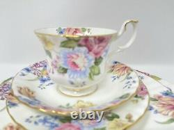 ROYAL ALBERT BONE CHINA Beatrice 5 PIECE PLACE SETTING MADE IN ENGLAND