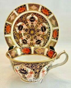 ROYAL CROWN DERBY Bone China TEA CUP & SAUCER SET 1128 England OLD IMARI