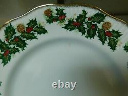 Rosina China Co. Queens Fine Bone China England Yuletide Set Of 8 Dinner Plates