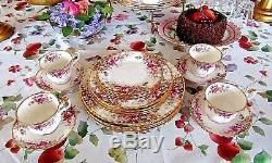Royal Albert AUTUMN ROSES China Four 5 Piece Place Settings 20 Pcs 1981 England