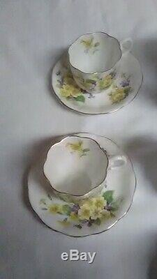 Royal Albert Bone China England 16 Piece Tea set Yellow and Purple Flowers Gold