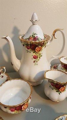 Royal Albert Bone China England COUNTRY ROSES Tall Coffee Pot Tea Set 13 Piece
