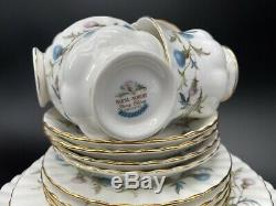Royal Albert Brigadoon 5 Piece Plate Setting for 4 Bone China England 20 Pieces