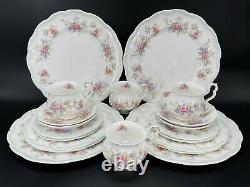 Royal Albert Colleen 5 Piece Place Setting x 4 Bone China England 20 Pieces