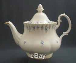 Royal Albert England MEMORY LANE Pattern Bone China 23 Pce Tea Set Service for 6