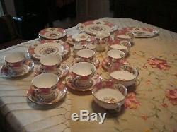 Royal Albert Lady Carlyle Lot of 34 pieces, Bone China, England, preowned/unused