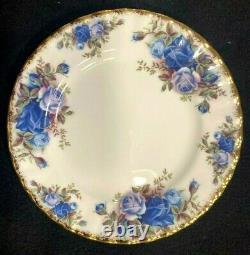 Royal Albert Moonlight Rose Bone China England 5 Piece Place Setting Excellent