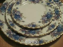 Royal Albert Moonlight Rose Bone China England 6 Piece Place Setting Excellent