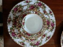 Royal Albert Old Country Roses 12 Place 60-piece England bone China Set