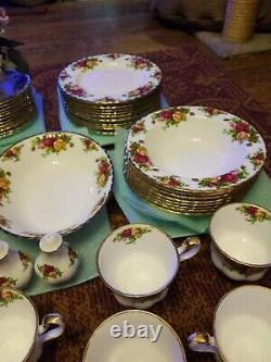 Royal Albert Old Country Roses Bone China 80 Piece Set Made in England! 2010