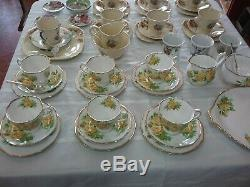 Royal Albert Tea Rose Fine Bone China Made In England Tea Set
