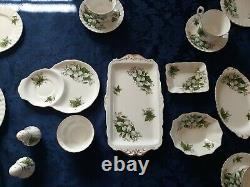 Royal Albert Trillium, 28 Piece Set, Bone China England
