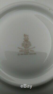 Royal Doulton Orchard Hill fine China SET 9 X 5 Place Setting +1 H 5233 England
