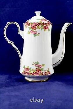 Royal Stafford OLDE ENGLISH GARDEN Bone China Coffee Pot /Cup Saucer Set England
