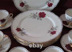 Royal Stafford Teapot Coffee Roses & Gold Bone china England 34 piece Dinner set