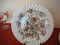 SET OF VINTAGE JOHNSON BROS STAFFORDSHIRE BOUQUET China ENGLAND VGC 93+ Pieces