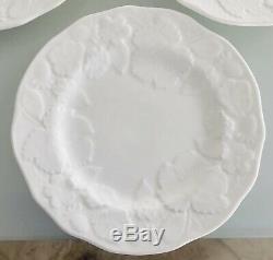 Set Of 10 Wedgwood Strawberry and Vine Bone China 8 3/4 Lunch Plates England