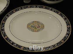 Set of 12 Wedgwood China Runnymede Blue pattern Bone China W4472 made in England