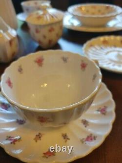 Spode England Bone China Dimity Y5764 tea service for 2 + place setting floral