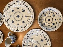 VTG Myott Finlandia China Set Staffordshire England White with Blue Design