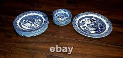 Vintage Churchill England Willow China Dishware 17pcs Set Great Condition