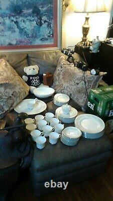Vintage Johnson Bros bone China England pattern 63-piece SET SERVICE for 12