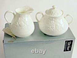 Vintage Wedgewood Bone China Made In England Cream And Sugar Set Strawberry Vine