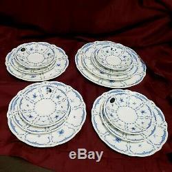 Vtg AYNSLEY Delphine Fine English Bone China Blue/white Set of 13 Plates England