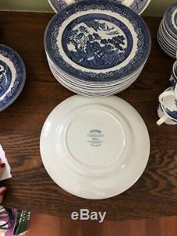 Vtg JOHNSON BROTHERS china BLUE WILLOW England 67 pc SET SERVICE for 11 + EUC