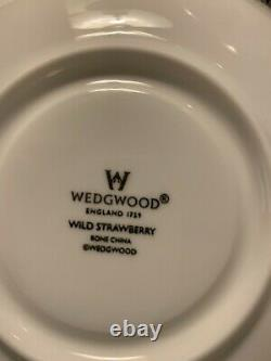 WEDGEWOOD Wild Strawberry-Four 5 Piece Setting Fine China from England, 20 pc
