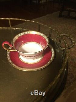 WEDGWOOD ULANDER POWDER RUBY Set 4 cups & 4 saucers England Bone China W1814