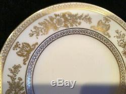 Wedgwood Bone China Made in England (12) 5-Piece Place Settings Gold Columbia