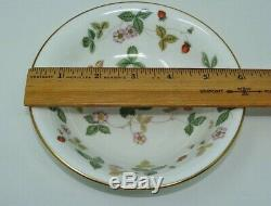 Wedgwood Bone China Wild Strawberry Set Of 8 Coupe Cereal Bowls Made In England